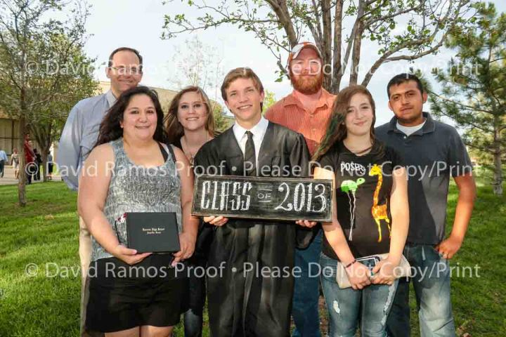 Grad13-Web Proof-8865