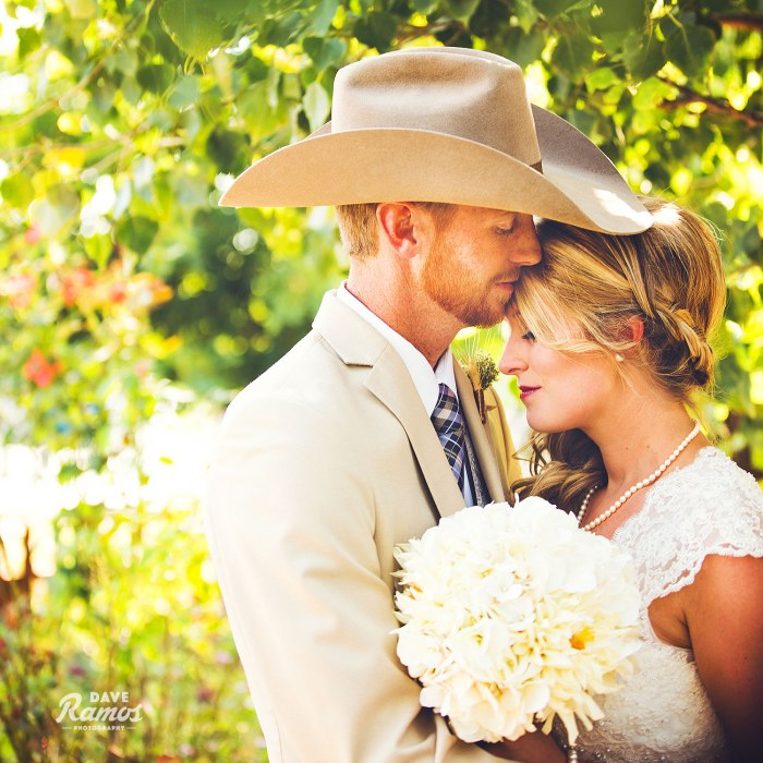 Destiny's Garden | Allison & Steve | Amarillo Wedding Photographer