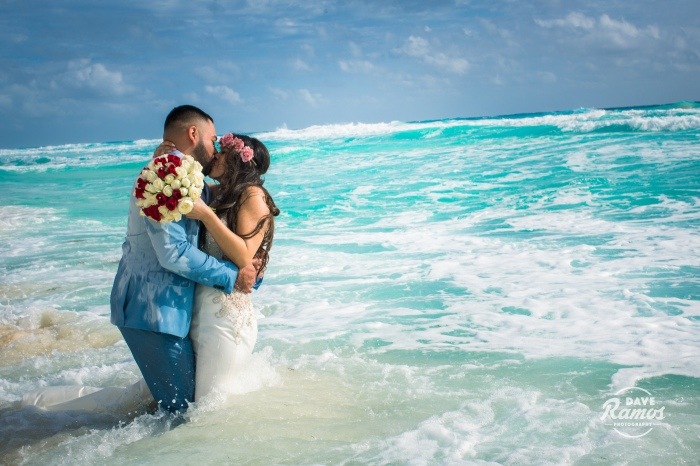 amarillo photographer_destination wedding cancun_trash the dress-19